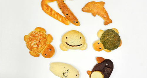 Example of products (Aquarium Character Bread)